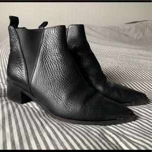 Acne Jensen Boots in Black - size 39